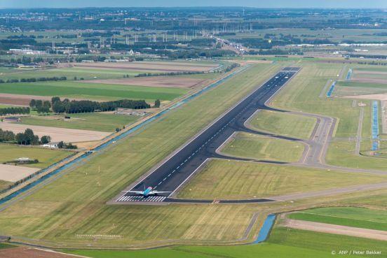 Polderbaan week buiten gebruik voor onderhoud, vliegtuigen nemen Buitenveldertbaan en Zwanenburgbaan