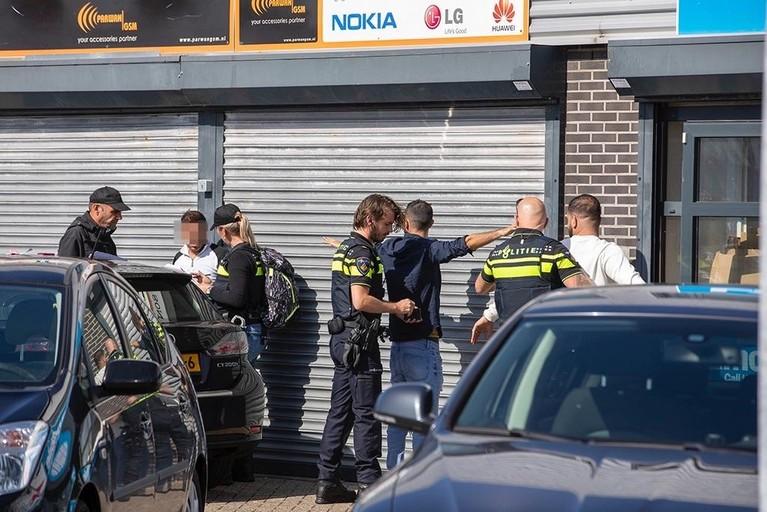 Groot onderzoek politie, FIOD en Belastingdienst bij Midi Center Beverwijk [video]