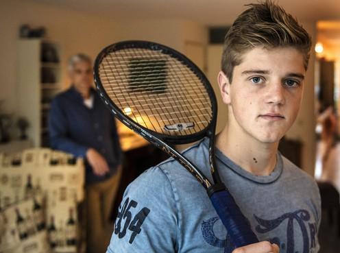 Gedroomd avontuur in VS loopt uit op sof, tennistalent Dennis Berkman uit Velserbroek baalt dubbel door rugblessure