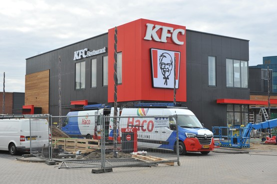 Dagen aftellen voor opening Kentucky Fried Chicken in Beverwijk