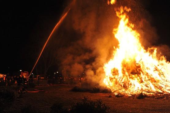 Wel of geen kerstboomverbrandingen in de IJmond? Doe mee met de stelling