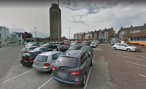 Zandvoort onderzoekt parkeerdruk door kentekens te scannen