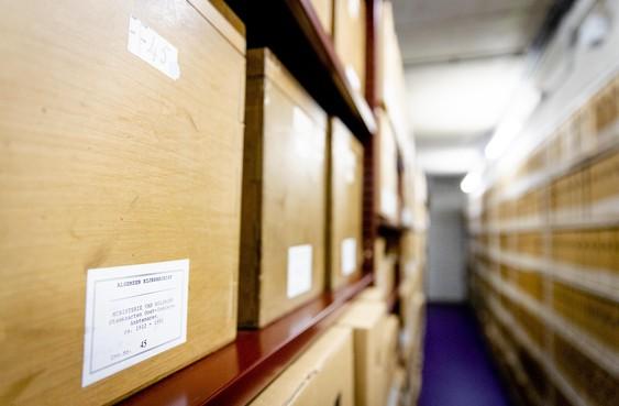 Archieven Velsen al jaren onder de maat: 'Actueel, compleet en samenhangend overzicht van alle archieven ontbreekt'