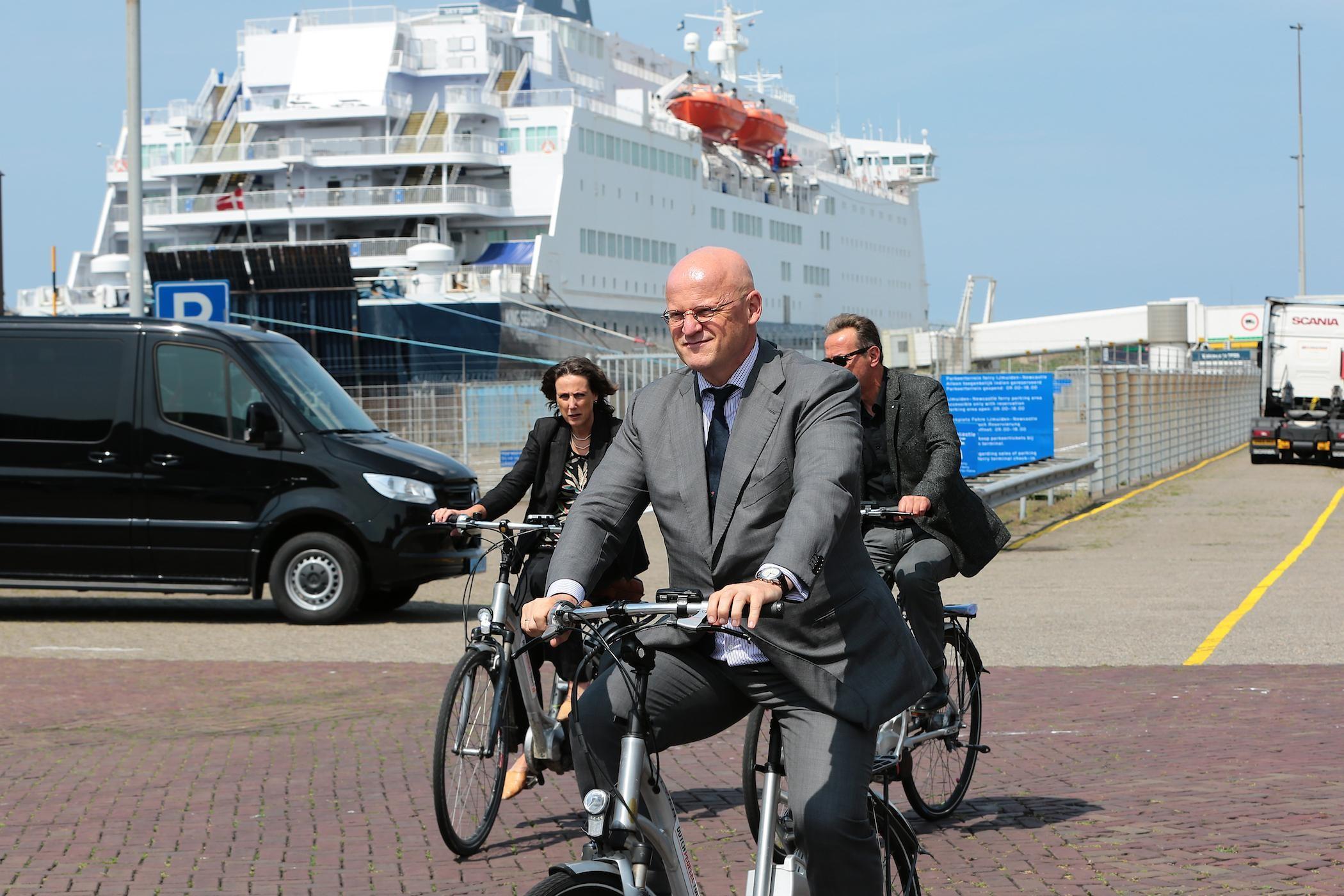 Minister Grapperhaus Doet Toezegging In IJmuiden: Zicht Op