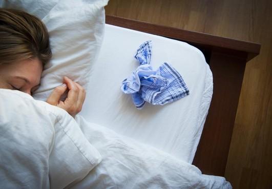 Hoesten en snotteren, griepgolf in zicht, ziekenhuizen voorbereid, huisarts alert op broze ouderen