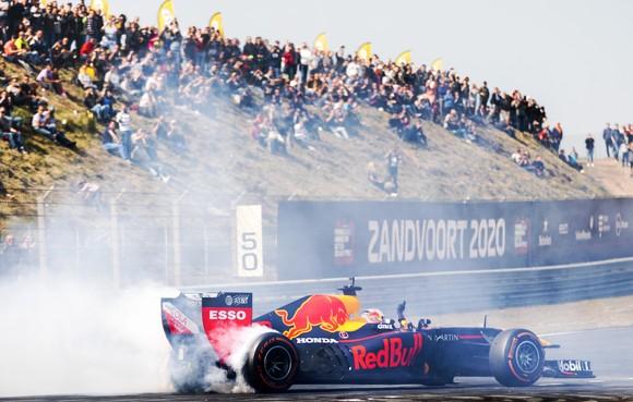 '100.000 bezoekers F1-race op de fiets naar circuit'
