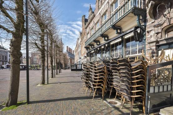 Besluit over tijdelijke verruiming terrassen in Haarlemse binnenstad valt snel: 'We kijken er serieus naar'